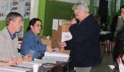 Primarias 2015: Reino ganó en Balcarce (Cambiemos)