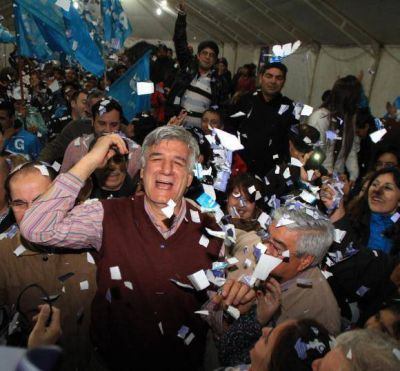 Sin sorpresas, Juan Carlos ganó cómodo