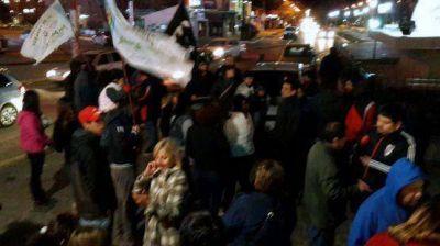 Amplio triunfo del FVS en Caleta Olivia; caravana de la militancia