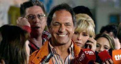 Scioli gana con más del 60% en Tucumán