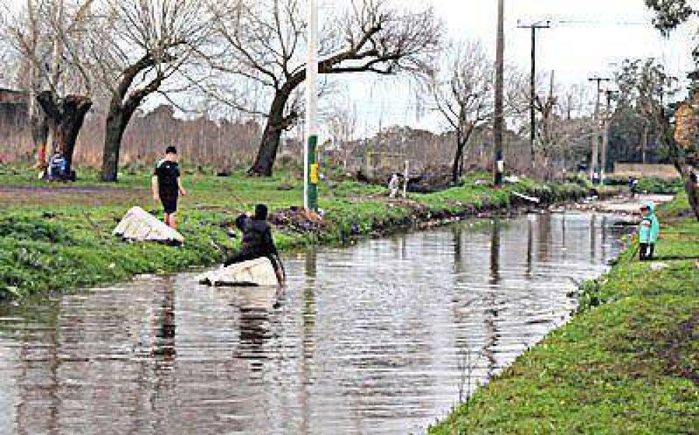 Las lluvias dejaron nuevos evacuados y algunos problemas eléctricos