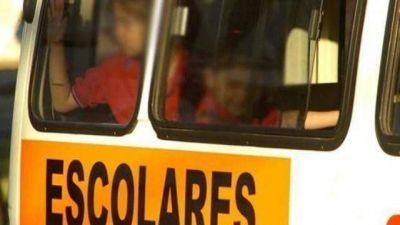 Algunos transportistas escolares de Concordia suspendieron sus servicios por falta de pago