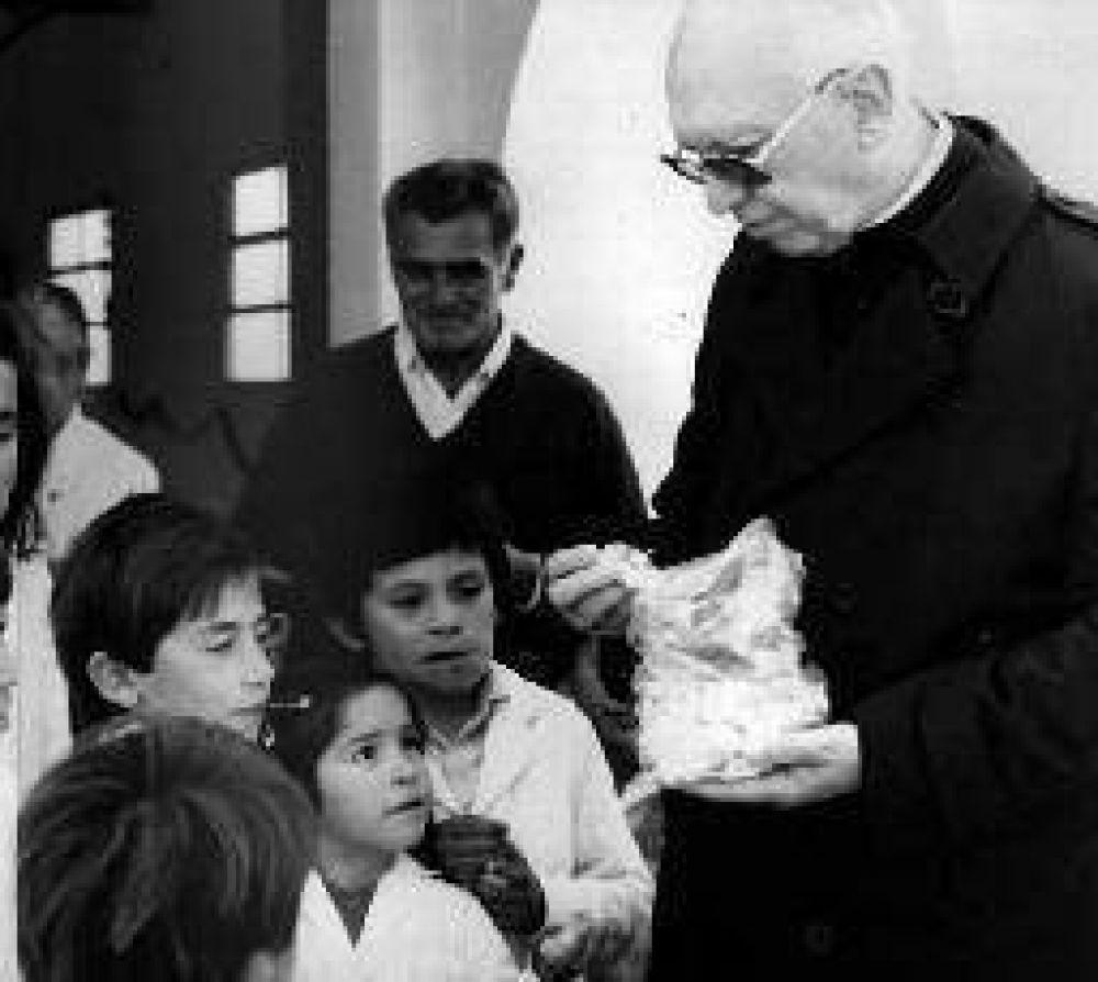 El espíritu solidario de monseñor Gottau animó la colecta Más por Menos