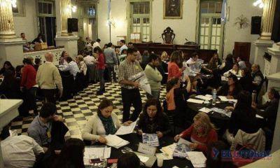 Ya se contabilizaron los votos de 1.500 urnas; el escrutinio concluiría hoy