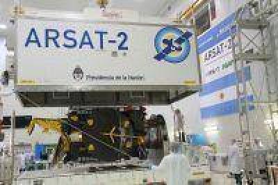 El ARSAT-2 ingresó al contenedor en el que será trasladado a Guayana Francesa