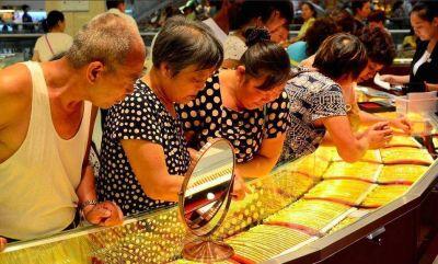 Pekín volvió a devaluar el yuan y agita el temor de una guerra de divisas