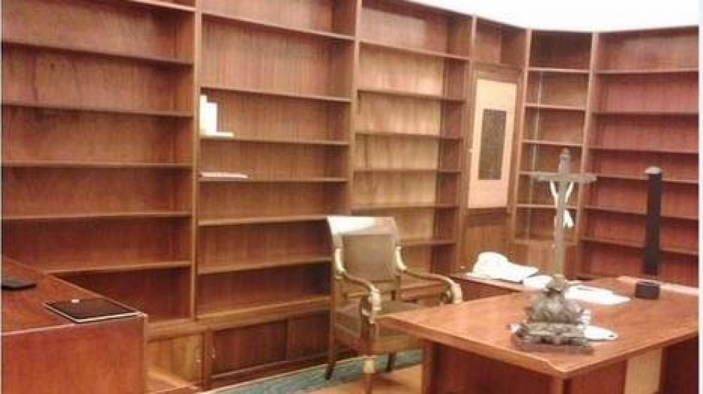 El escritorio de los Papas que Francisco no usa