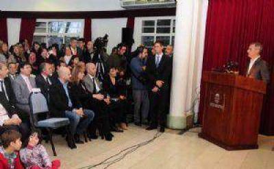 Primer d�a: Avil�s tuvo reuni�n de gabinete y trabajo a destajo en el municipio