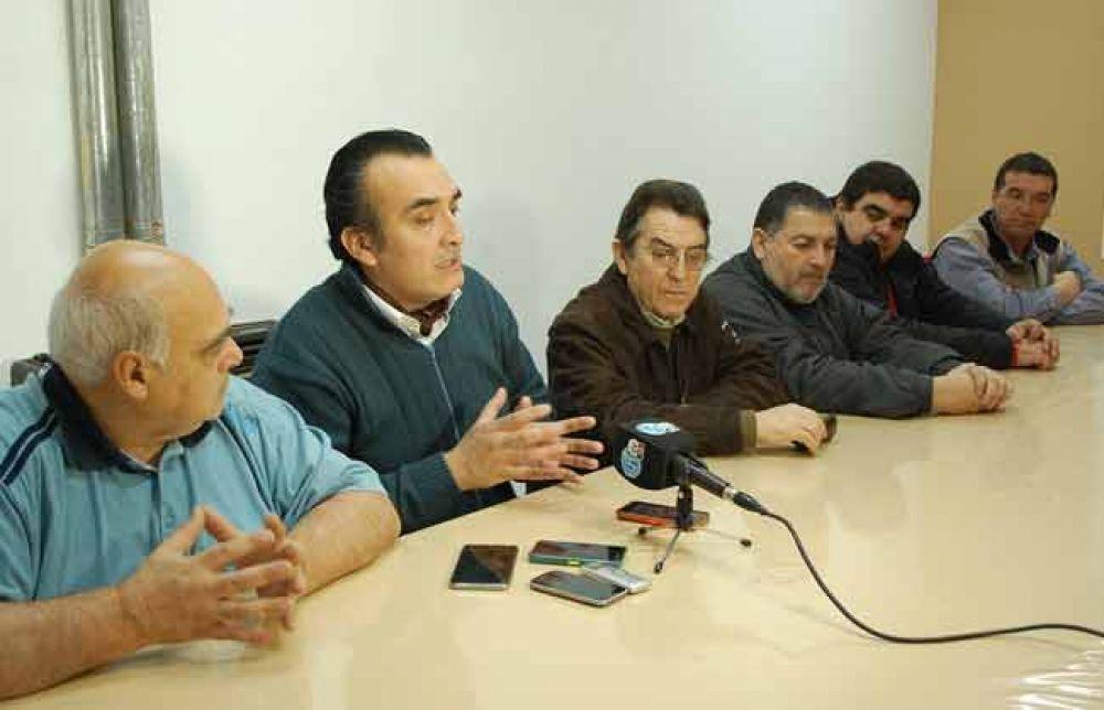 La Intersindical acusó al Gobierno de 'gambetear' los acuerdos y advirtió sobre medidas de fuerza