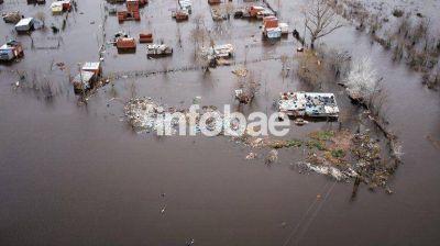 Información oficial: hay al menos 6 mil evacuados y el agua comienza a bajar