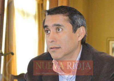 Alberto Paredes Urquiza pidió escalonar el aumento del boleto
