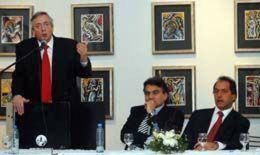 """Kirchner volvió al Conurbano: """"El llamado al diálogo no significa que renunciemos a nuestras ideas"""""""