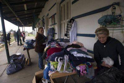 Evacuados contin�an regresando a sus hogares tras el temporal