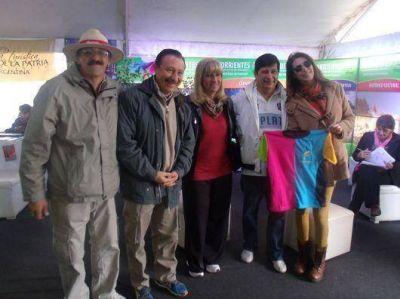 Fuerte presencia del Ministerio de Turismo en la 52° Fiesta Nacional del Dorado en Paso de la Patria