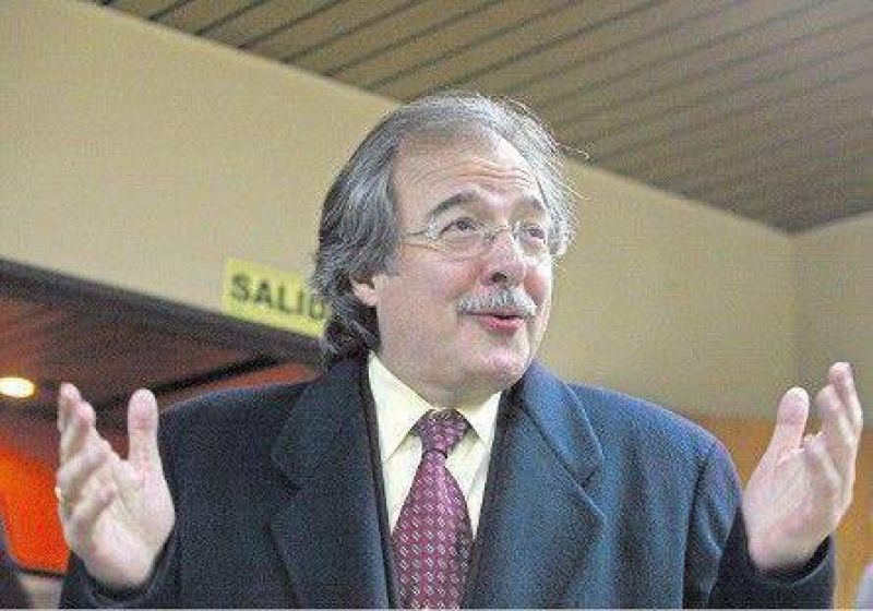 """""""El proyecto de radiodifusión es muy parecido a una ley de Chávez"""""""