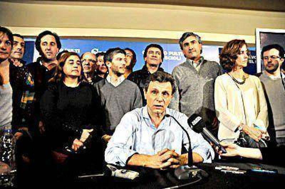 Arroyo y Pulti afilan su estrategia para ir en búsqueda de los votos
