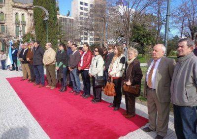 Homenajearon a José de San Martín a 165 años de su muerte