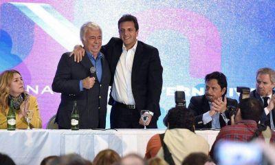 """A la caza del voto delasotista, Massa se dio un baño de """"cordobesismo"""""""
