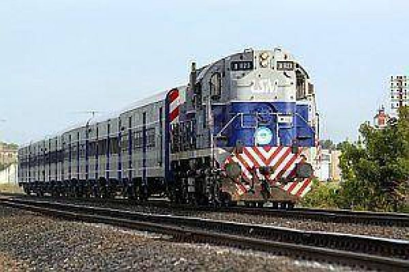El Gobierno inst� a ferroviarios a levantar el paro y volver a Trabajo