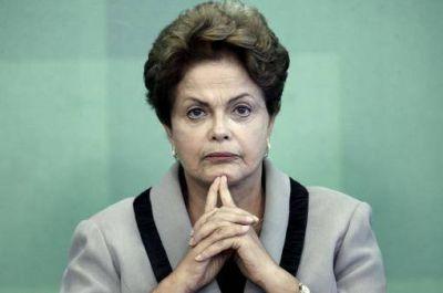Dilma Rousseff criticó a Cardoso y el juez de la Corte la defendió ante los pedidos de juicio político