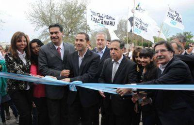 Sileoni y Capitanich inauguraron las obras de refacción de una escuela en Presidencia de la Plaza