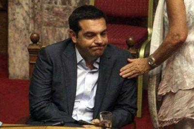 Se parti� el partido de Tsipras tras el anuncio de su dimisi�n