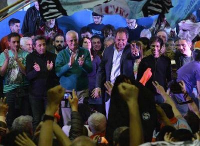 """Scioli se comprometió a """"defender, sostener, consolidar y profundizar junto a Zannini, las políticas de Cristina"""""""