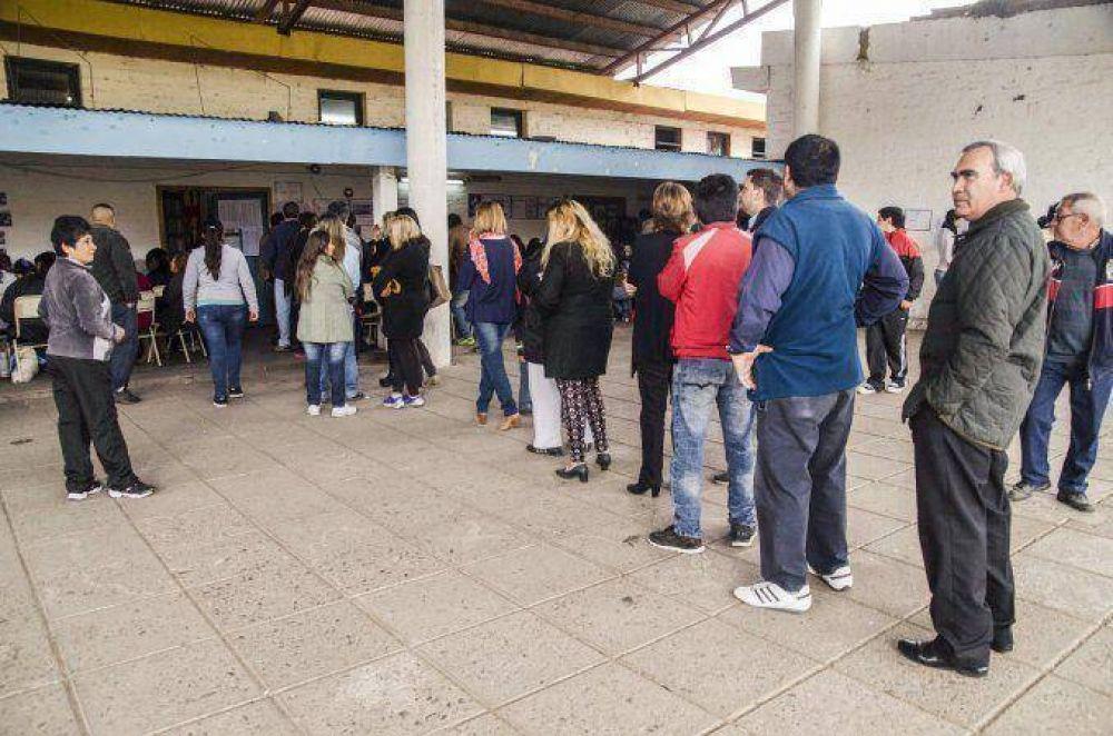 #Elección2015: votó más del 70 por ciento del padrón en Tucumán