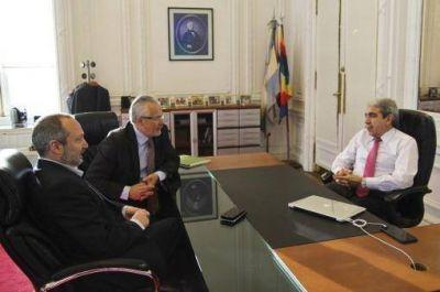 Aníbal Fernández y Martín Sabbatella mantuvieron un encuentro con Baltasar Garzón