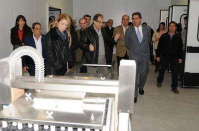 Capitanich y Giorgi habilitaron dos plantas industriales en Sáenz Peña