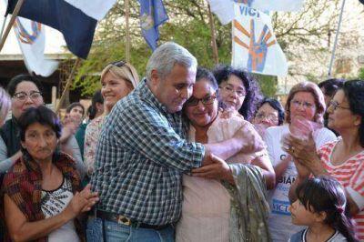 Barrio San Jos�: Fabi�n R�os inaugur� pavimento, obras pluviales y un SUM con millonaria inversi�n