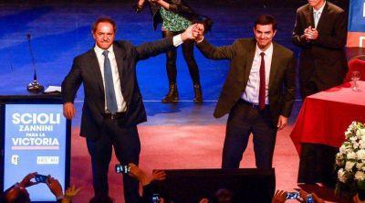 Daniel Scioli se comprometió con el desarrollo de Salta