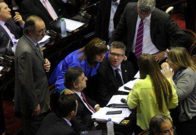 La oposici�n dar� una conferencia para impulsar la boleta �nica electr�nica