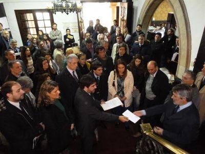 Abogados marplatenses se manifestan en defensa de sus Honorarios
