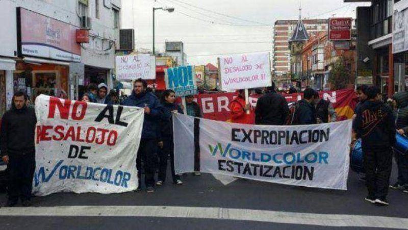 Trabajadores de una empresa gráfica cortarán Panamericana desde las 6