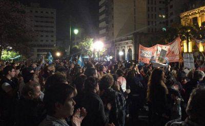 Con cada vez menos participaci�n, contin�an las marchas en Tucum�n