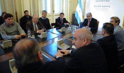 Aníbal Fernández se reunió con candidatos a intendentes y legisladores de la quinta sección