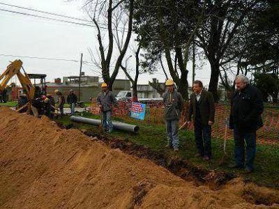 OSSE amplió la red de agua en Ostende, Doas Marías y José Hernández