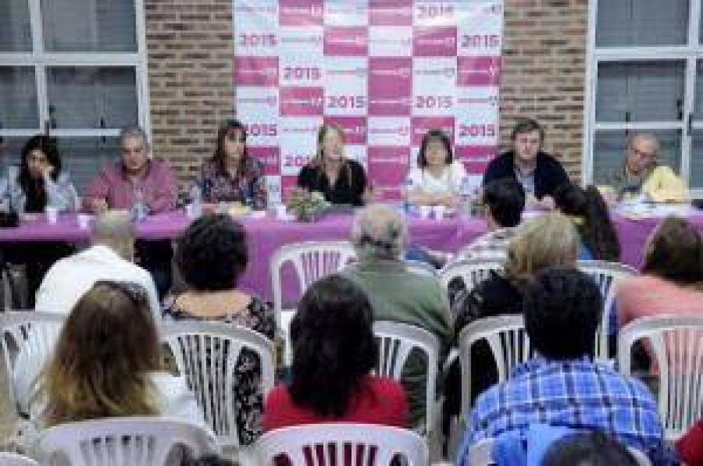 Camino a Octubre: Omar Duclós junto a Margarita Stolbizer y Jaime Linares en 9 de Julio con productores agropecuarios