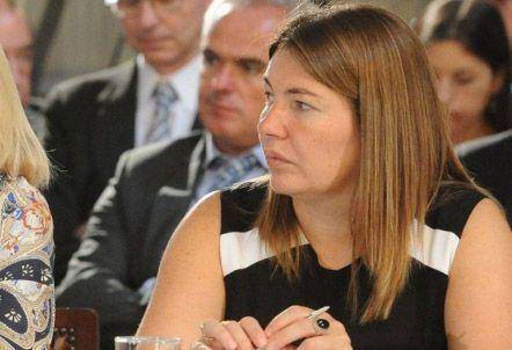 Bertone habló de reforma política