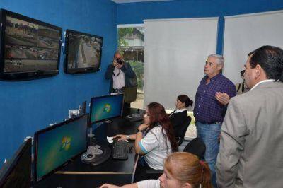 La comuna firm� convenio con Gigared que le permitir� instalar 60 nuevas c�maras de videovigilancia