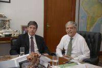 El ministro De Vido recibió al senador nacional Abal Medina para repasar obras de infraestructura en provincia de Buenos Aires