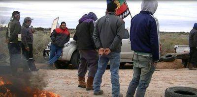 Mapuches cortan ingreso a yacimiento Medanito YPF
