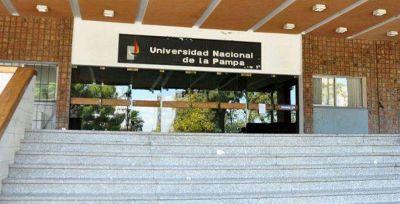 UNLPam: 24 nuevos egresados en Economía y Jurídicas