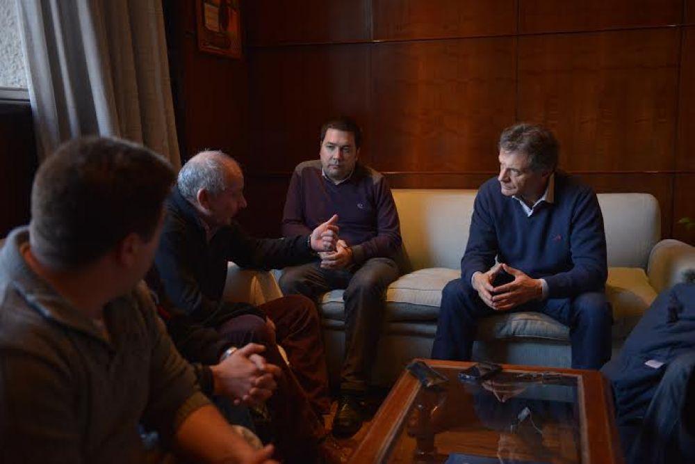 El Sindicato Argentino de Obreros Navales se dio cita en la Municipalidad