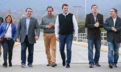 Llega Sergio Massa en plena campaña electoral a La Rioja