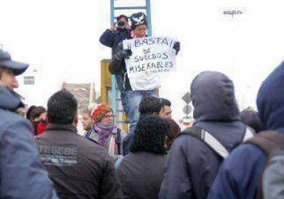 Grandes demoras por la protesta de los municipales