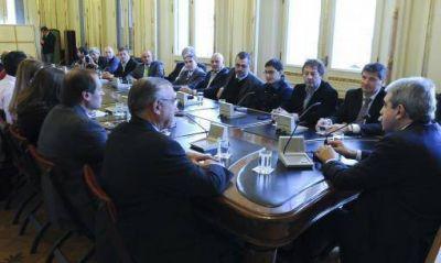 Aníbal Fernández suma apoyos de intendentes de la provincia de cara a octubre