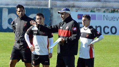 Patronato: Iván Delfino probará el equipo para recibir a Ferro
