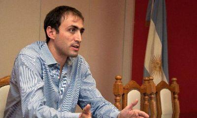 Con fondos nacionales, el ministro López compró maíz en Santa Fe con sobreprecio